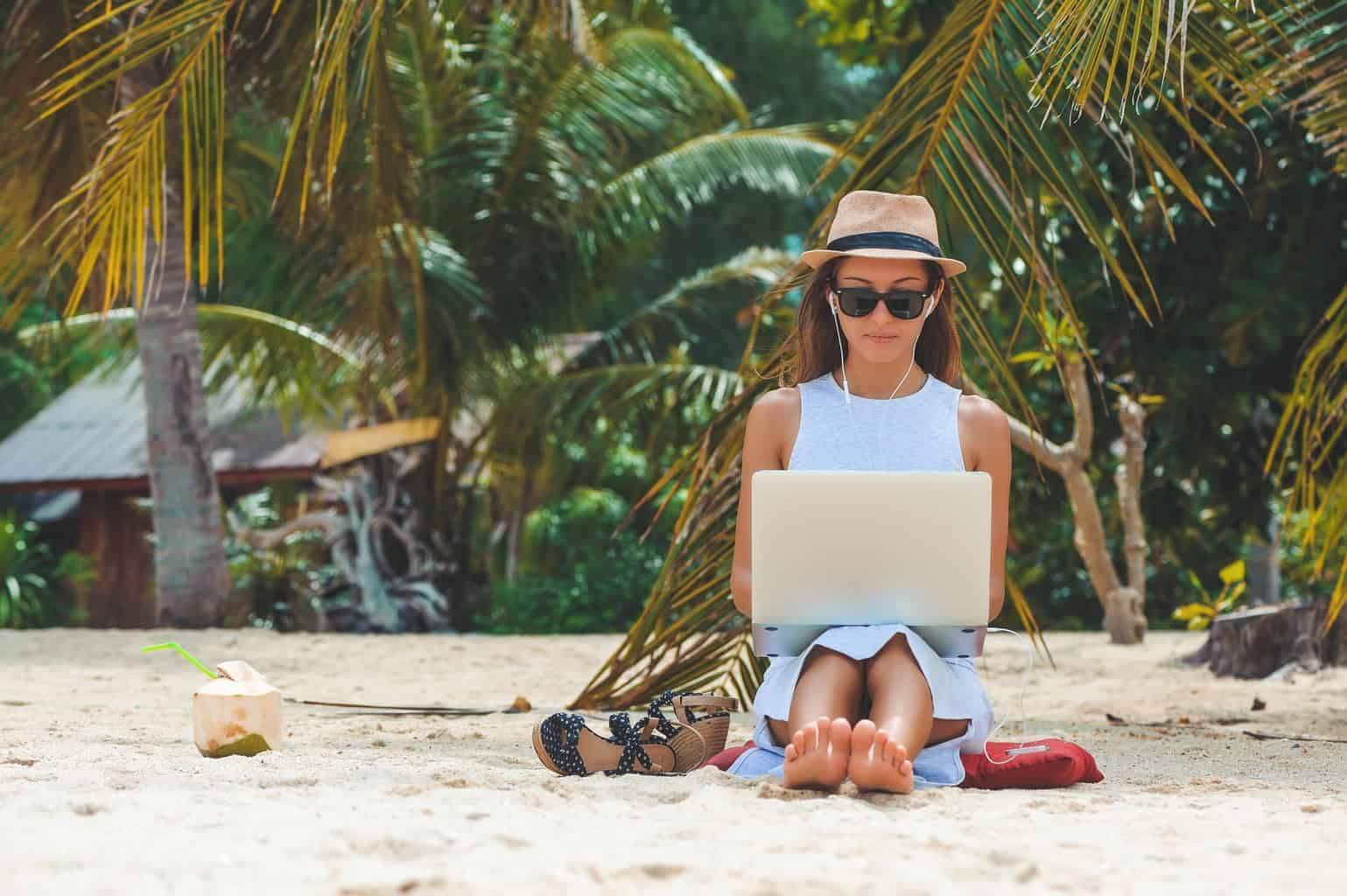 What are digital nomads?