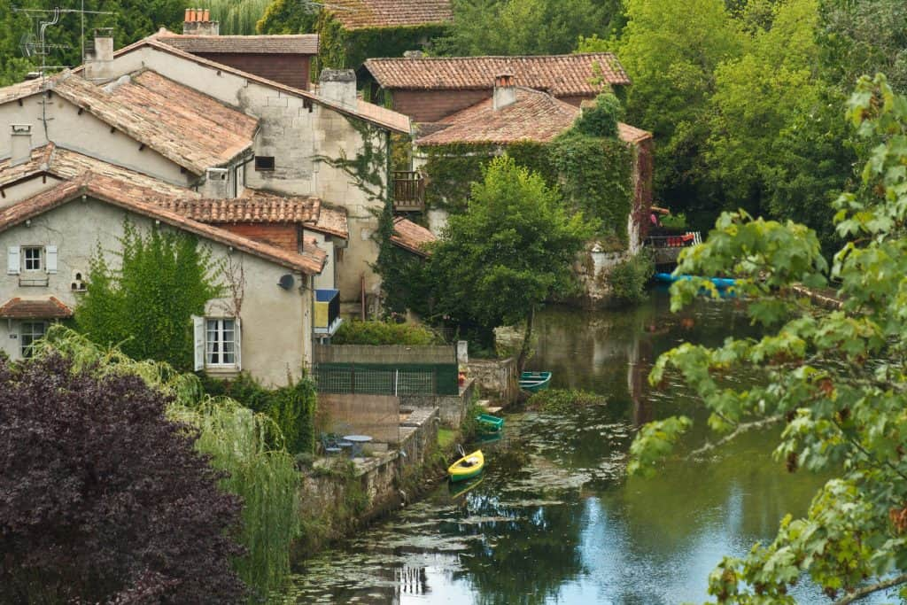 accommodation in France